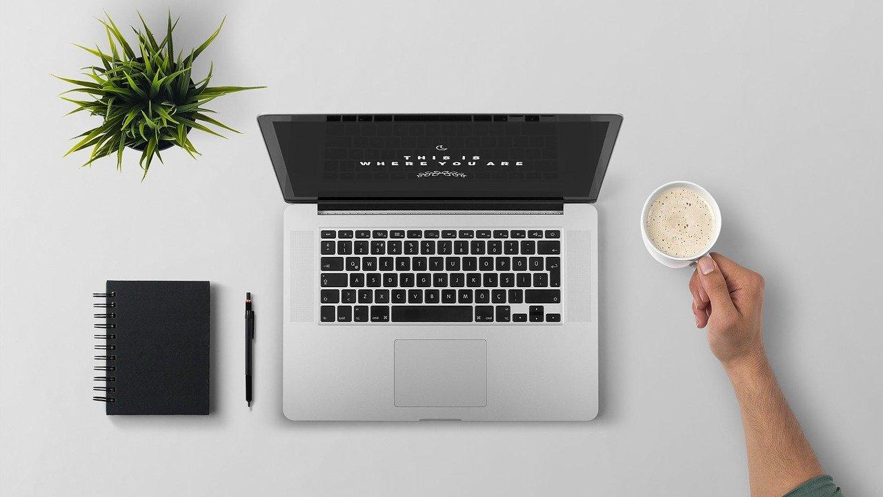 laptop, coffee, workspace-1209008.jpg
